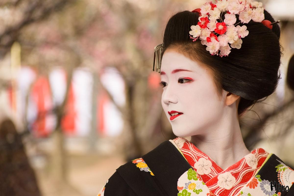 Kimono dan make-up ala Geisha di Kyoto